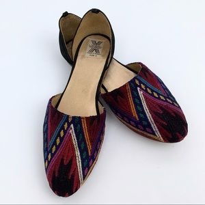 UXIBAL Tapestry D'Orsay Flats Size 8